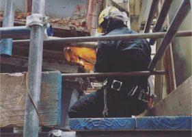 大分市 煌大工業 プラント内での溶接作業、解体作業